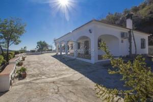 Landelijke villa in Árchez