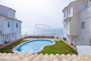 Duplex apartment with garage, comunal pool and sea view