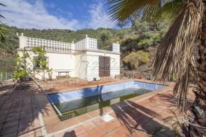 Casa de campo con piscina, Arenas