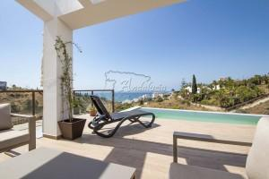 Modern new built villa in Torrox Costa