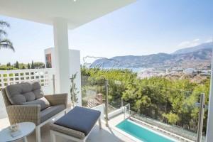 Exclusieve villa met panoramische zichten in La Herradura