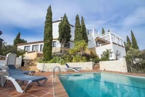 Characterful villa with panoramic sea view, Torrox