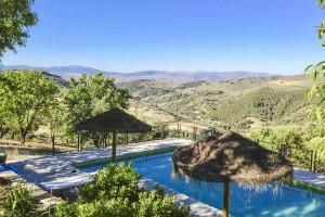 Auténtico cortijo con piscina, Montefrio
