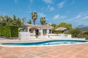Villa in Cortijos de San Rafael